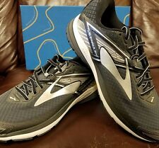 BRAND NEW IN BOX! BROOKS RAVENNA 8 MENS RUNNING SHOES GRAY BLACK WHITE D WIDTH