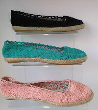 Ladies Textile Slip-On Shoe F2196