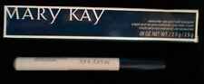 Mary Kay Limited-Edition Weekender Eye Pencil in Sage/Classic Navy
