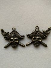 5 - 10pcs ANTIQUE GOLD PIRATE SKULL &CROSS SWORDS PENDANTS -HALLOWEEN,GOTHIC,EMO