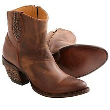 NEW IN BOX WOMENS LUCCHESE JANIS M4636-PEANUT BRITTLE STUDDED SHORTIE BOOTS