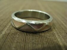 MEN'S FASHION JEWELRY RING SIZE 9.75 SILVER TONED METAL W. ABALONE SHELL INLAID