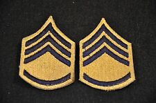 US ARMY TYPE 1948 'GOLDENLITE' SERGEANT SLEEVE RANK CHEVRONS INSIGNIA PAIR; VG+