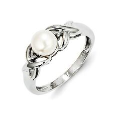 Sterling Silver FW Cultured Pearl & 0.01 CT Diamond Ring 2.43 gr Size 6 to 8
