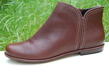 Clarks Ladies Flat Ankle Boots Koba Bere Brown Leather UK 5 / 38