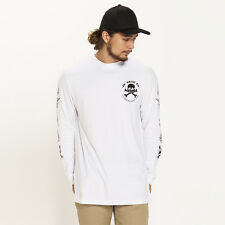 New DC Shoes Blaster Long Sleeve T-Shirt in White | Mens Mens Tees