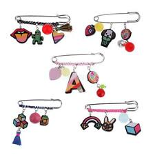 Hot Christmas Cartoon Charms Safety Pin Hijab Brooch Suit Corsage Sweater Collar