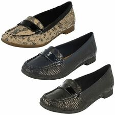 Ladies Clarks Smart Snakeskin Style Loafers Slip On Atomic Lady