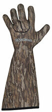 Stormr Stealth Gauntlet Glove Mossy Oak Bottomland Neoprene Fleece