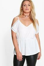 Boohoo Womens Plus Size Lauren Lace Detail Open Shoulder Slinky Top