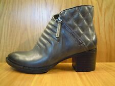 Clarks Ladies Ankle Boots Leather Grey Chelsea Boot Size 7 and 7.5 NEW