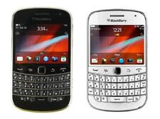 """BlackBerry Bold Touch 9900 GPS wifi 3G 5MP 8GB QWERTY 2.8"""" Unlocked Smartphone"""
