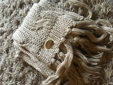 beautiful knitted nude scarf by ugg. Thick scarf winter