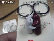 LOVERS SET OF 2 NOVELTY MALE & FEMALE BOY HUGGING LOVERS LOVE YOU KEYRINGS GIFT