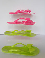 Ladies Rubber / Jelly Flip Flops in Pink or Green Bow Detail - F0593