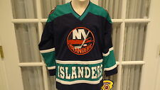 NWT NHL New York Islanders Youth Team Replica Jersey - Navy/Green:- Sizes S-XL