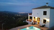 HOLIDAY IN SPAIN, PRIVATE POOL, WIFI, STUNNING VILLA, SLEEPS 8