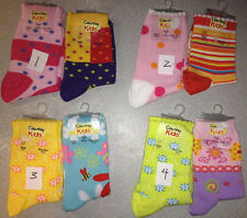 You pick LOT 2 pairs Country Kids cotton-blend socks = AGE 5-10, SHOE size 12-6