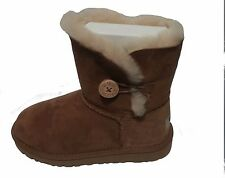 UGG AUSTRALIA KIDS Bailey Button Boots 5991 chestnut sizes 13 to 4