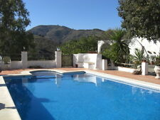 Stunning Farmhouse 1 hour from Malaga airport, Sleeps 10/12 Great Pool and views