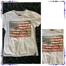 Boys NEW tagged Levis White Flag - Smart T Shirt - Age 6 Years !!