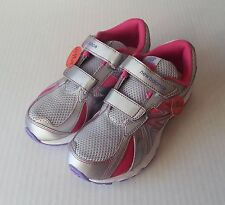 New Girls New Balance 634 Velcro Sneakers Size 2 WIDE