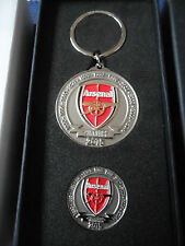 ARSENAL OFFICIAL 12 TIMES FA CUP WINNERS BADGE KEYRING BOXED SET