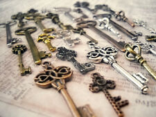 Assorted Steampunk Key Charms Pendants-Skeleton Keys-Bronze Silver Gold