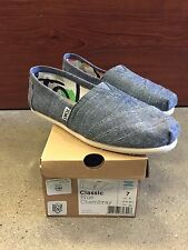 toms womens blue chambray classics various sizes *100% authentic new in box*