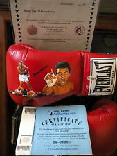 MUHAMMAD ALI SIGNED GLOVE HAND PAINTED BY JOLENE JESSIE LE/25 IN DISPLAY CASE OA