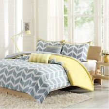 Modern Duvet Cover Set Yellow and Grey With Decorative Pillows