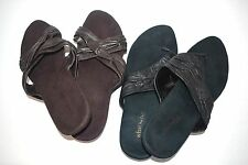 Areosoles Black or Brown Leather Suede Sandals Slip On Thongs Slide Shoes Size 9
