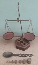 Antique weighing scales with weights & measuring spoon ; 24½ cm tall