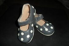 NEW GREY W/WHITE PUDDLE JUMPER SHOES  SIZES: 2T -  1 YOUTH   NEWEST COLOR