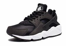 Womens NIKE AIR HUARACHE BLACK WHITE TRIPLE SILVER 634835 006 Size 7.5 8.5 9 9.5