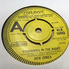 JACK JONES 'STRANGERS IN THE NIGHT' RARE PROMO-ONLY 7'' - FREE POST (HLR10043)