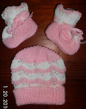 PINK or LAVENDER BONNET or BEANIE and BOOTEES SET HAND KNITTED BRAND NEW