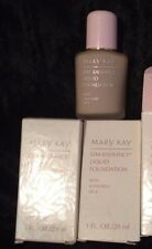 MARY KAY DAY RADIANCE LIQUID or OIL FREE FOUNDATION *New in Box