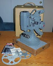 DeJUR Variable Speed 8mm MOVIE PROJECTOR 1000 A w/CASE