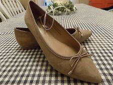 Merona Womens Noele Pointed Toe Ballet Flats Bow Tan Suede Shoes