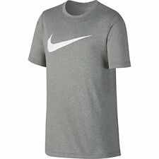 NIKE Boys' Dry Short Sleeve Swoosh Solid Tee Dark Grey Heather/White