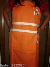 Genuine Le Creuset Aprons, Brand new at a great price!