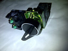 2 POSITION SELECTOR SWITCH MAINTAINED 2/3 OR 4 N/O CONTACTS NEW 22MM PANEL MOUNT