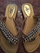 BEAUTIFUL GOLD LAME SANDALS--ROWS OF BRIGHT RHINESTONES 6-11!