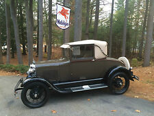 Ford : Model A Sport Coupe