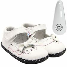 Girls Toddler Leather Soft Sole Baby Shoes White & Pink Stitching & Shoe Horn
