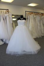UK Seller 'Tia' Ball Gown Wedding Dress Available in sizes 6-30