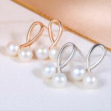 The Earrings Stud Two Same Sided Outstanding Lustre and Clean Surface Pearls