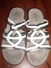 Cute PRIVO by CLARKS Strappy Sandals Slides 7B White & Pewter Patent Leather EUC