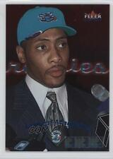 2000-01 Fleer Mystique #119 Jamaal Magloire Charlotte Hornets RC Basketball Card
